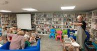 """Warsztaty """"Papierowy zawrót głowy"""" w bibliotece w Brzeziu"""