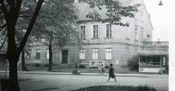 Pl. Wolności 1 - nowy lokal od 1949r.