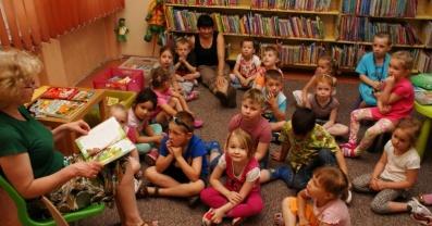 Nauczycielu, odwiedź z klasą bibliotekę!